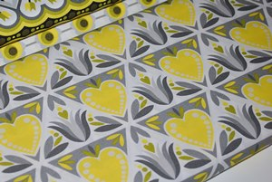 Coton Hilco design Hamburger Liebe Dutch love coeur jaune - par 50 cm